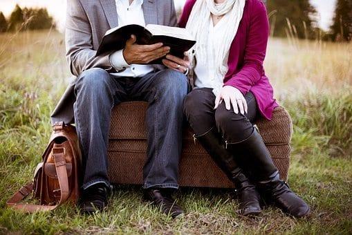 https://pixabay.com/photos/couch-couple-girl-grass-man-1868755/